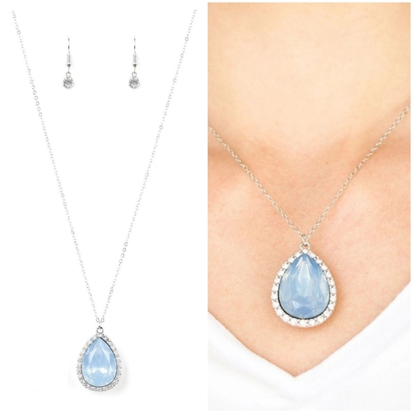 COME OF AGELESS BLUE NECKLACE/EARRING SET